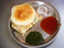 Egg Benjo - Famous Street Food in Indore, Madhya Pradesh
